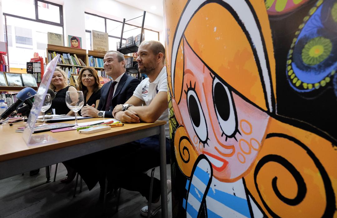 """Colaboración junto a la periodista Francisca González para Reto UNICEF. """"Pepita Chiflalinda y la isla Pitipititotó"""". <a href=""""http://victorjaubert.com/project/pepita-chiflalinda-y-la-isla-pitipititoto"""" target=""""_blank"""" rel=""""noopener noreferrer""""></a>"""
